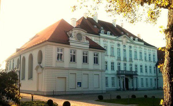 Die Kirchen Und Kapellen Im Dachauer Land