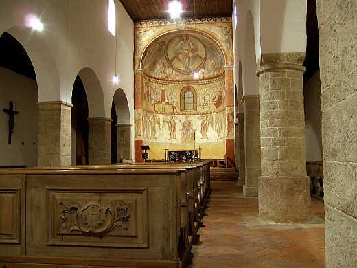 Basilika Peter und Paul auf dem Petersberg - Erbaut ca. 1104 - Innen